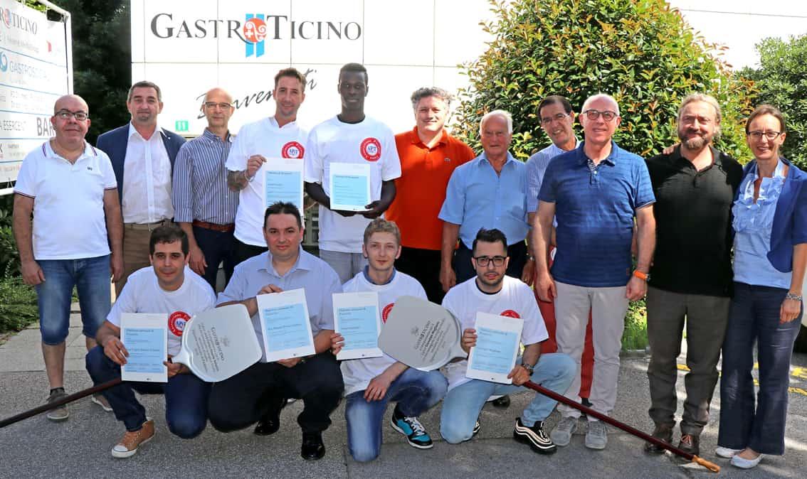 Comunicato Stampa – Consegnati i Diplomi cantonali di pizzaiolo